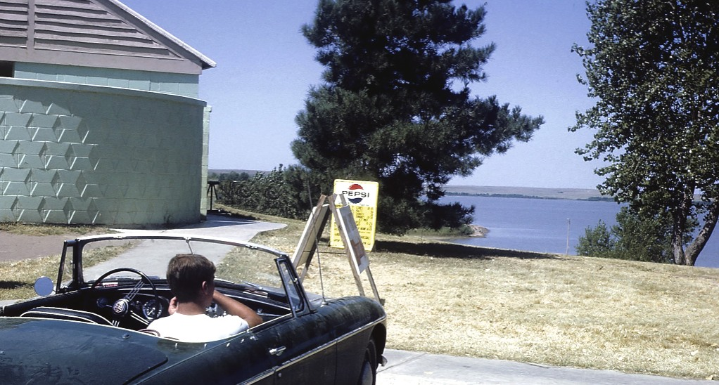 09.056                  1967, August, MGB California Trip_edited-1