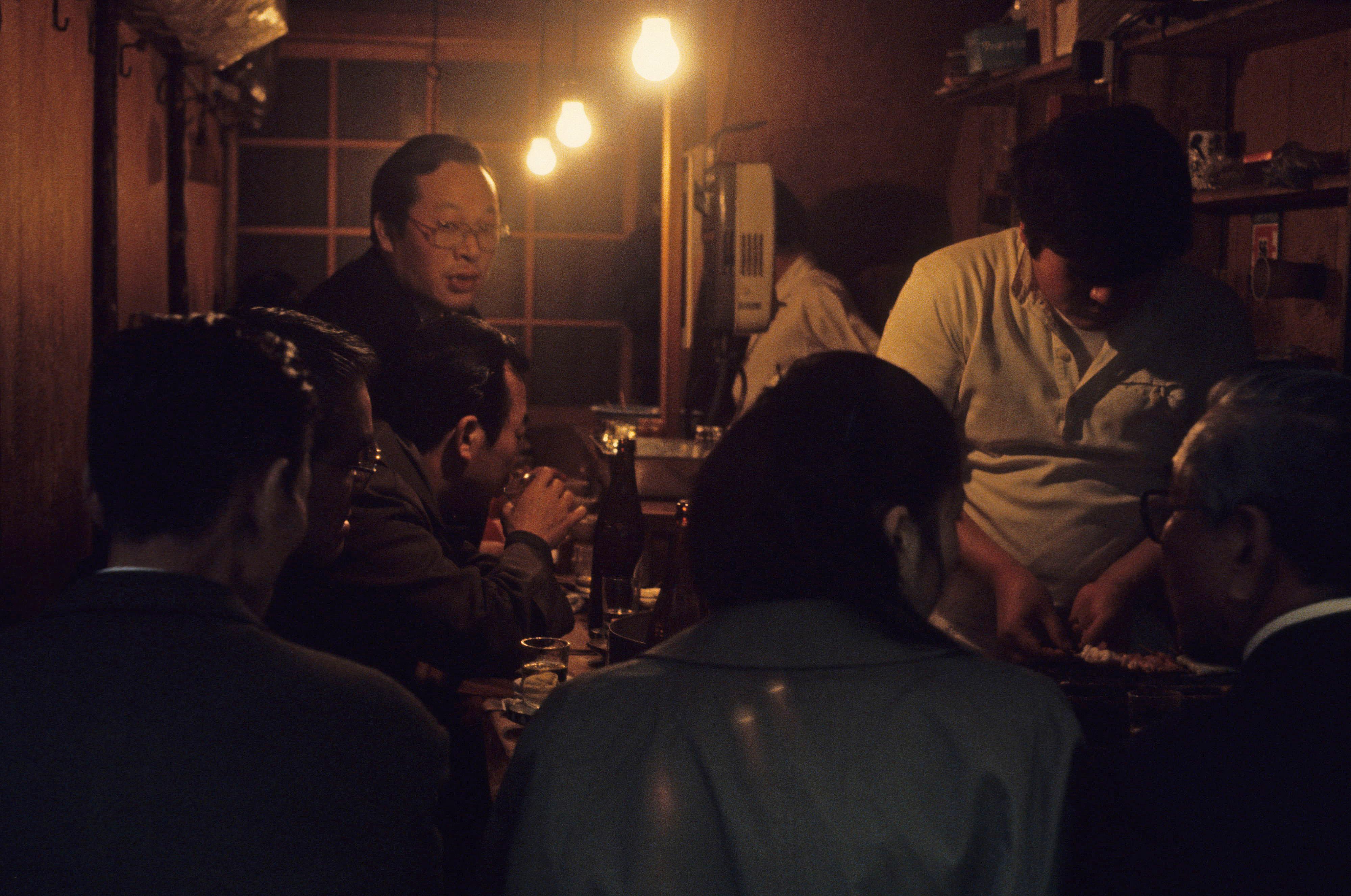 39.109 3-7-81 Toyko, Japan Shinjuku, ally bar_edited-1